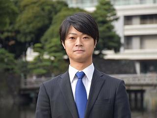 弁護士 佐藤塁